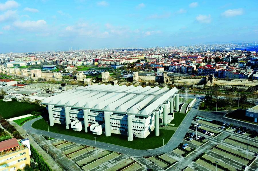 2004:Abdi İpekçi Arena, Türkiye Kapasite: 15000 Açılış: 1989