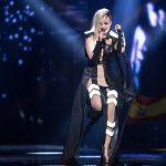 Poli Genova Eurovision'dan Kopamıyor. Yeniden Sahnede Olacak !